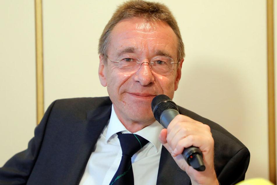 Strafverteidiger Ulrich Dost-Roxin am Dienstag in Chemnitz.