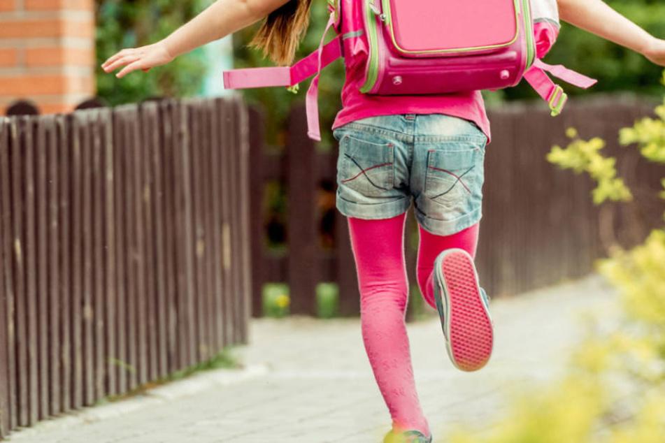 Schreckliche Tat: Unbekannter missbraucht 11-Jährige. (Symbolbild)