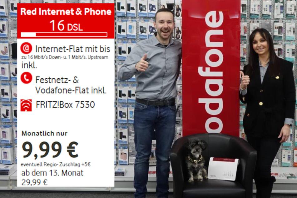 """Die MEDIMAX-Profis Felix Römer, Dana Mertinkat und """"DSL-Dog"""" Fine haben den passenden Vertrag für Euch (Symbolbild aus 10/2019)."""