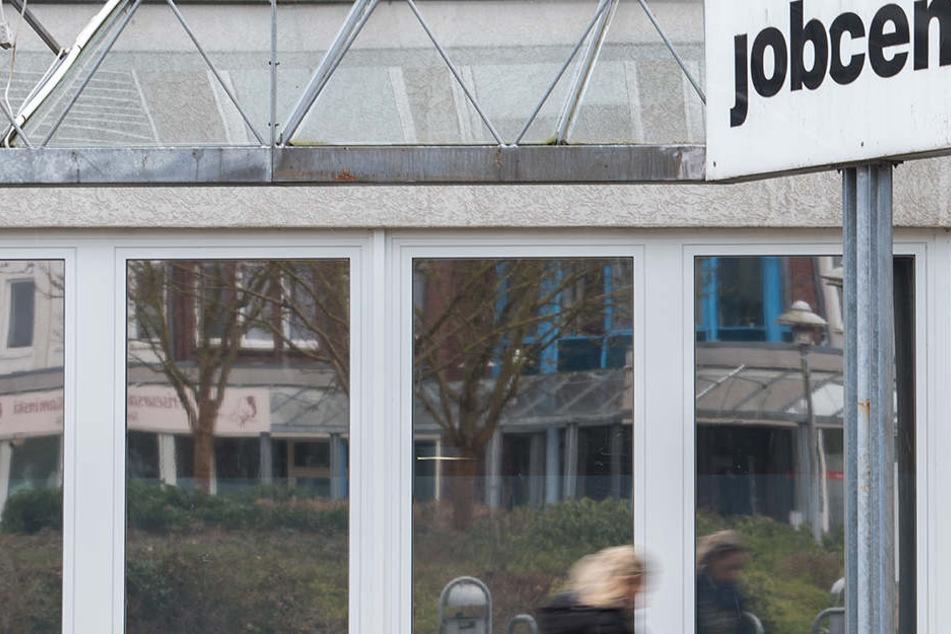 Das Jobcenter fordert Geld von Bürgen zurück.