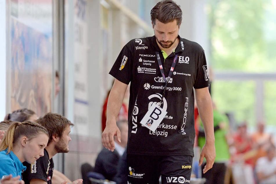 HCL-Trainer Norman Rentsch konnte seinen Frust über den Zwangsabstieg nicht verbergen.