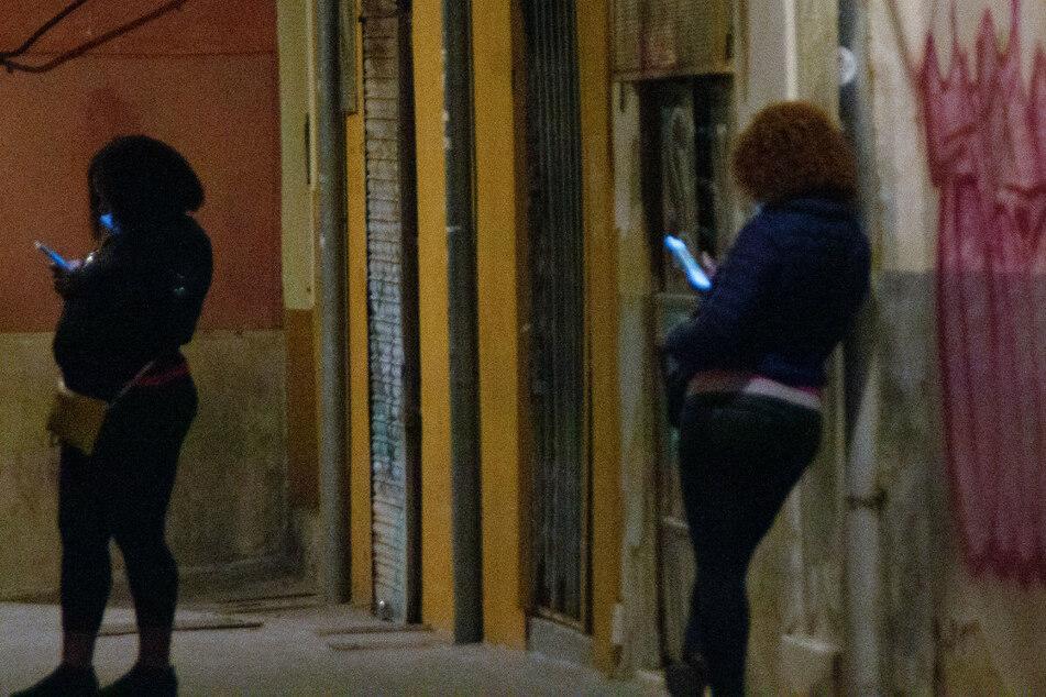 Armut auf Mallorca wegen Corona: Immer mehr Mütter gehen auf den Strich!
