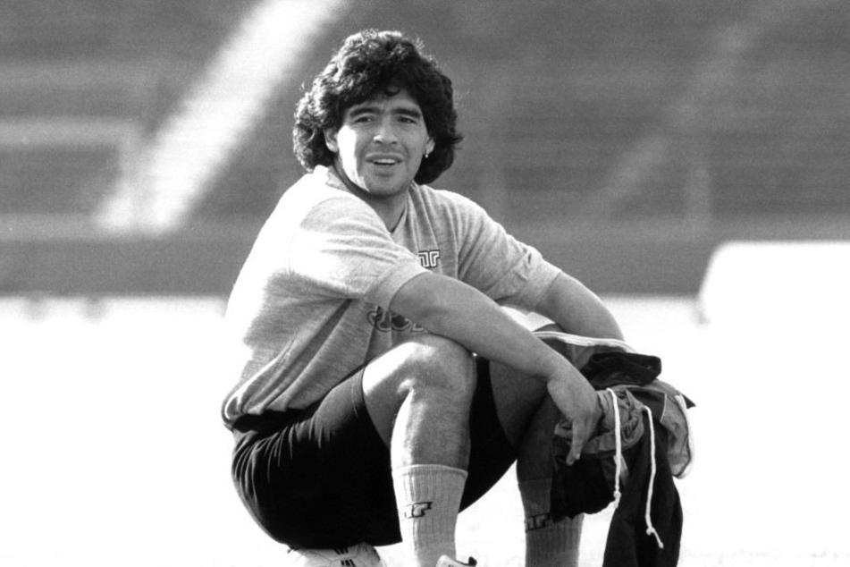Diego Maradona gehört zu den Idolen des heutigen DSC-Trainers.