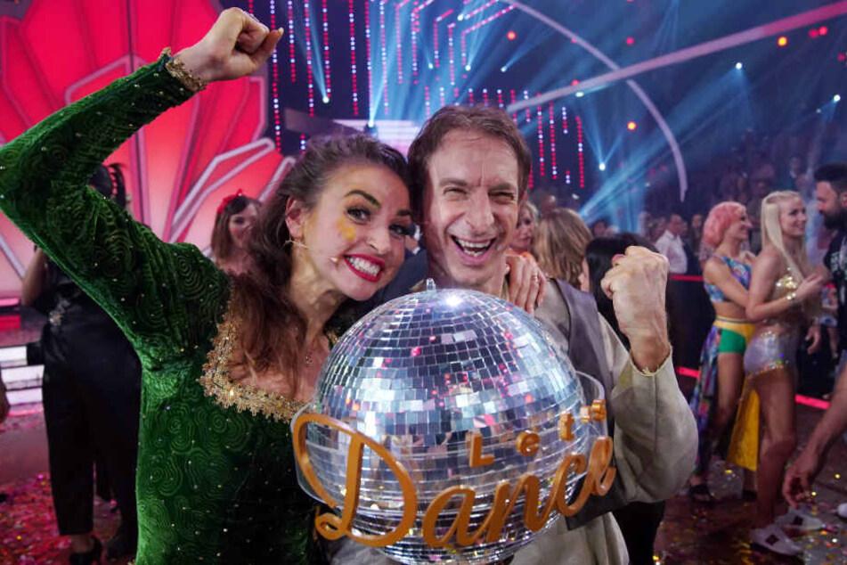 """Ekaterina Leonova und Ingolf Lück durften über den Sieg bei """"Let's Dance"""" jubeln."""