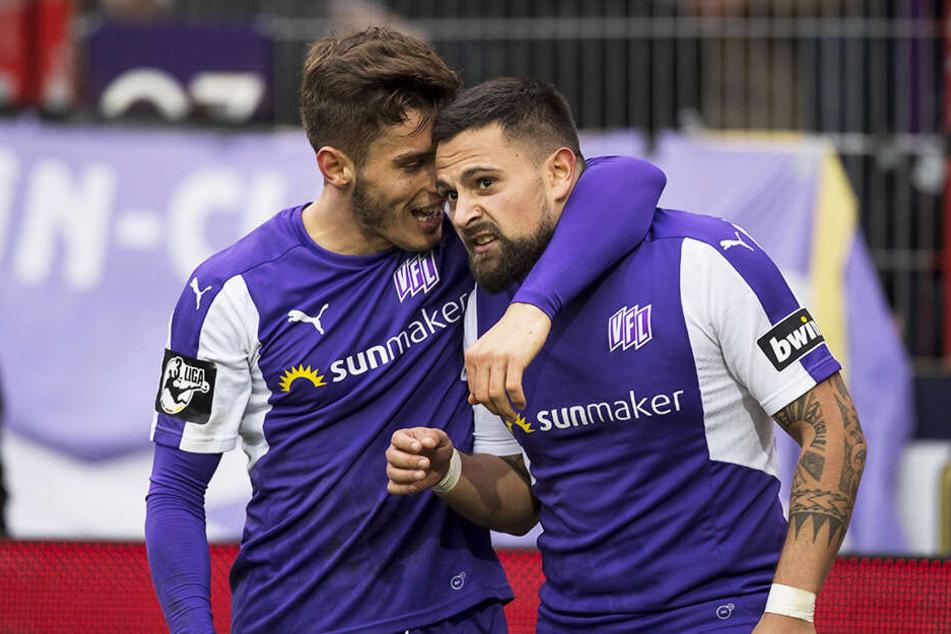 Osnabrück durfte dreimal jubeln: Hier freut sich Marcos Alvarez (r.) über sein Tor zum 2:1 für den VfL.