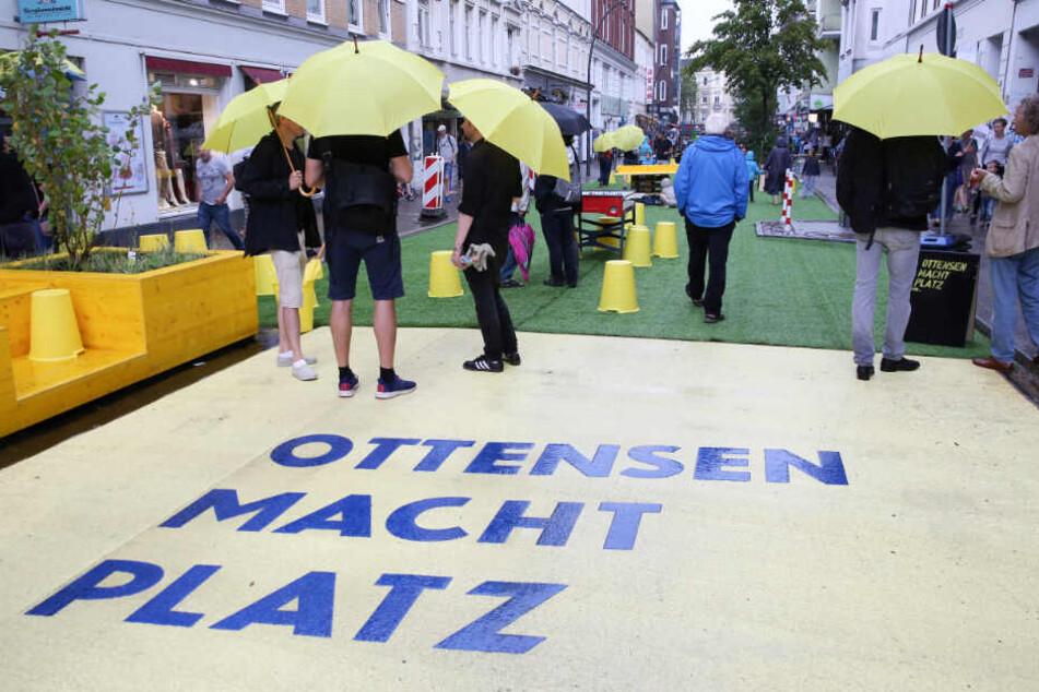 """Unter dem Motto """"Ottensen macht Platz"""" gibt es in Ottensen einen Testversuch zur autofreien Zone."""