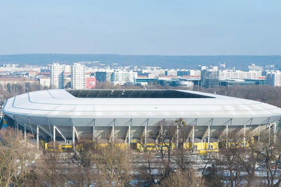 Auch mit 30.000 Plätzen ein Hexenkessel: Das DDV-Stadion.