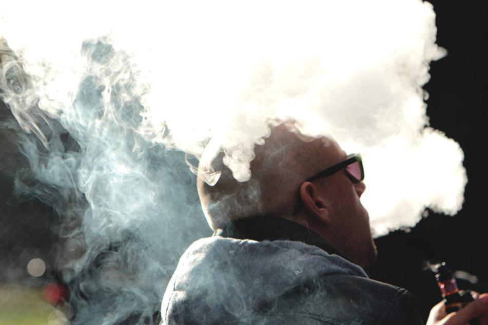 """""""Tschechien zählt endlich zu den anständigen Ländern, die das Rauchen einschränken und die Gesundheit ihrer Bürger schützen"""", sagte Sozialdemokrat Sobotka."""