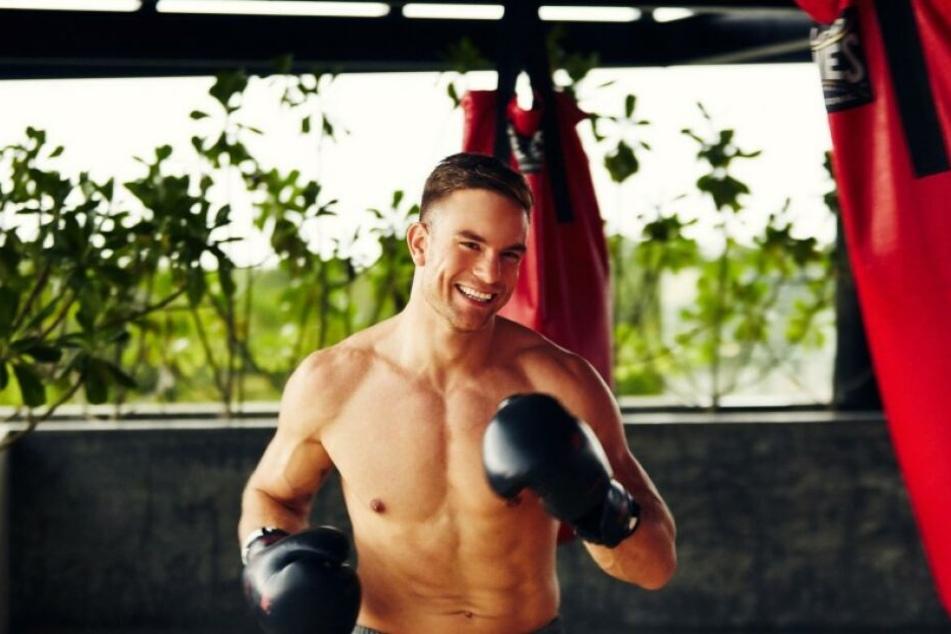 Der Bachelor 2020 ist Sebastian Preuss (29), Kickboxer und Maler.