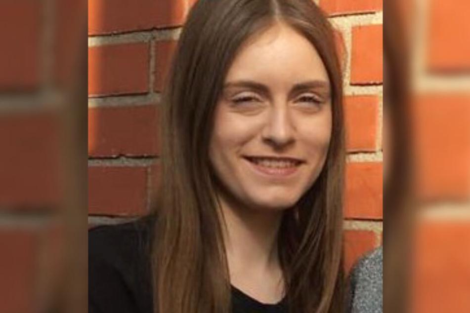Cheyenne G. (16) aus Köln wird seit Donnerstag vermisst.