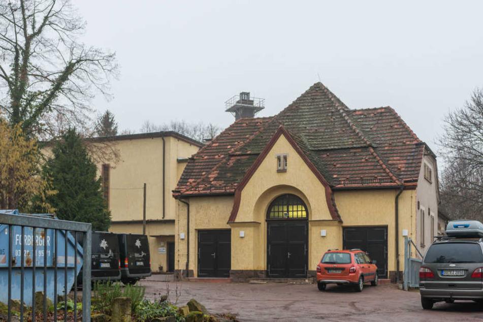 Aus der Feierhalle soll ein kultureller Treffpunkt werden: Im Meißner Krematorium gibt's Vorträge und bald vielleicht auch Konzerte.