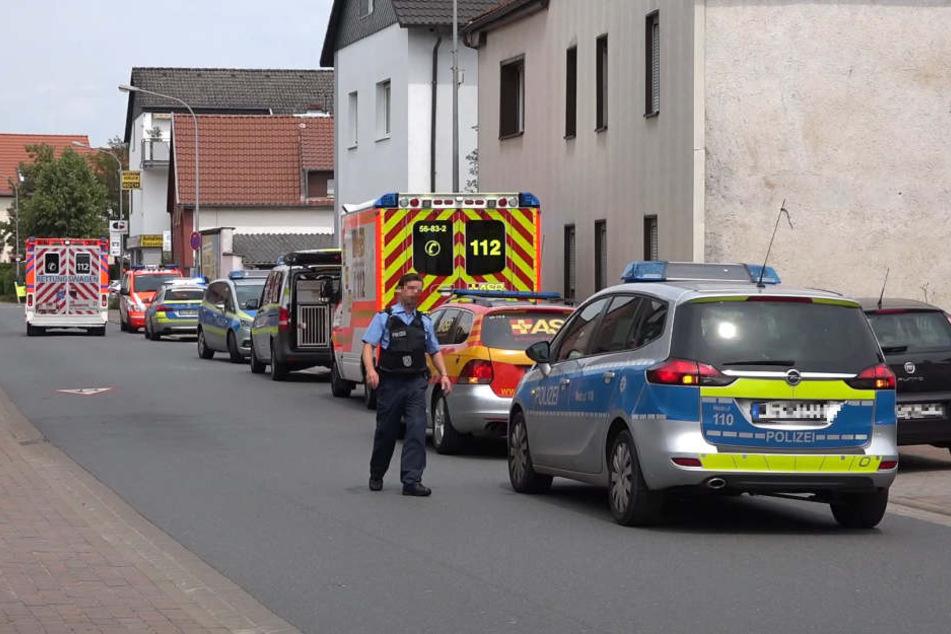 Ein Großaufgebot der Polizei eilte zum Einsatzort nach Eschollbrücken.