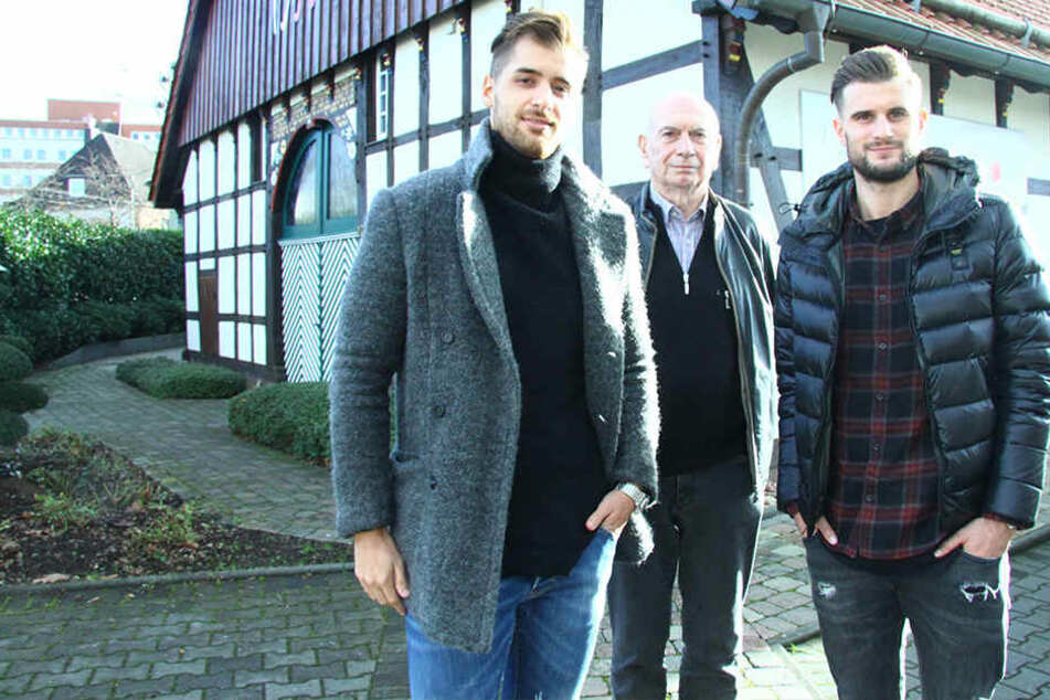 """Thomas Manolis (li.) und Christopher Nöthe (re.) wollen das """"Restaurant 1550"""" wieder neu aufbauen."""