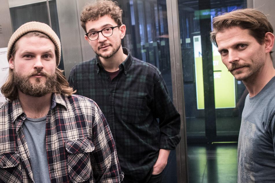 Weg von seinen Band-Kollegen der Mighty Oaks traut sich Ian Hooper (27, l) auf neues Terrain.