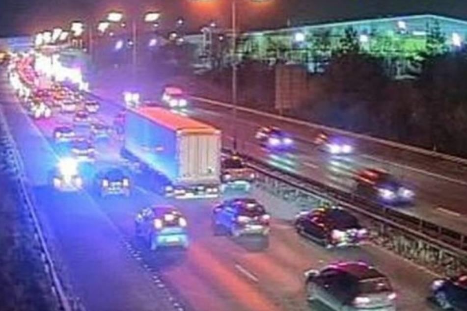 Auf dieser Autobahn fanden Beamte den lebensgefährlich verletzten Jungen.