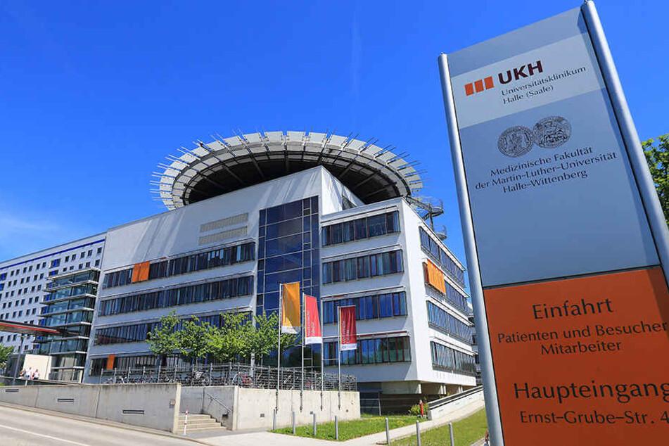 In der Universitätsklinik Halle (Saale) wird der kleine Bruno behandelt.