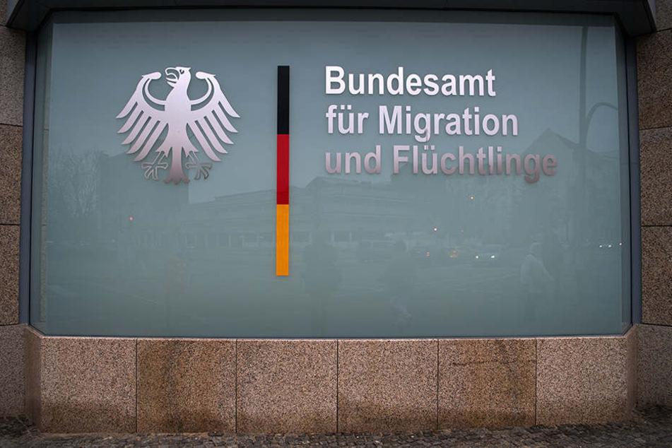 Das Bamf überprüft nach dem Bremer Asyl-Skandal zehn weitere Außenstellen.