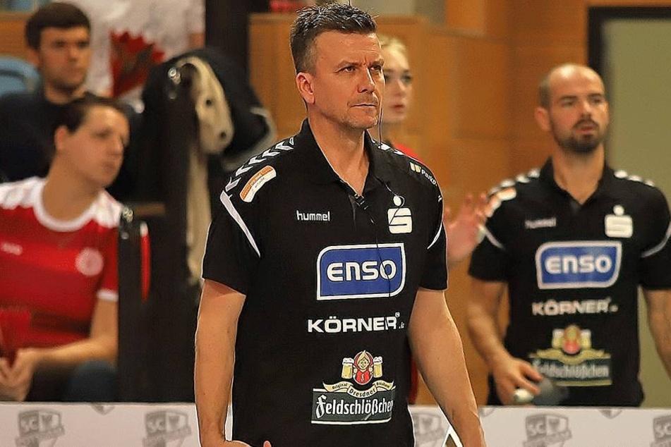 Sieg vergeben, 2:3 verloren! DSC-Chefcoach Alex Waibl schaute in  Potsdam finster drein.