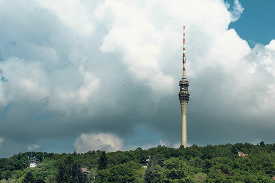 Schön gelegen, herrlicher Ausblick: ein geöffneter Fernsehturm wäre DIE  Attraktion für Dresden.