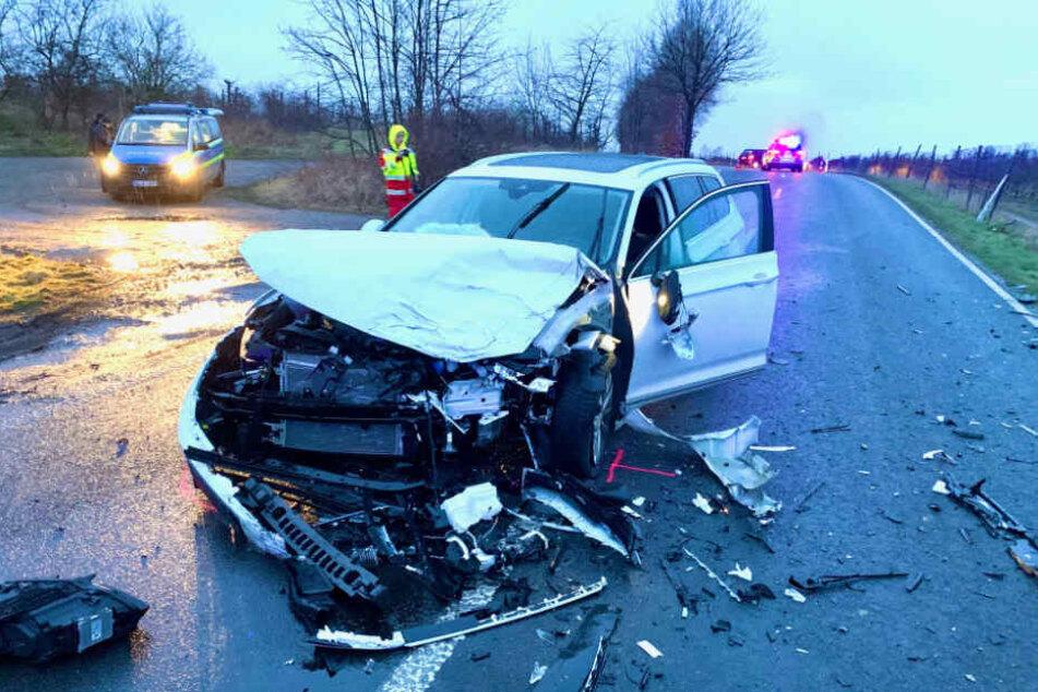 Vermutlich löste ein Vorfahrtsfehler den Verkehrsunfall aus.