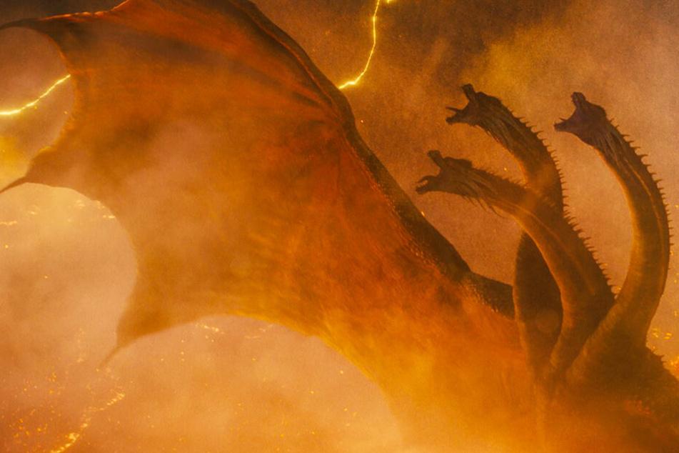 Godzillas Erzfeind Ghidorah erwacht und stürzt die Welt ins Verderben.