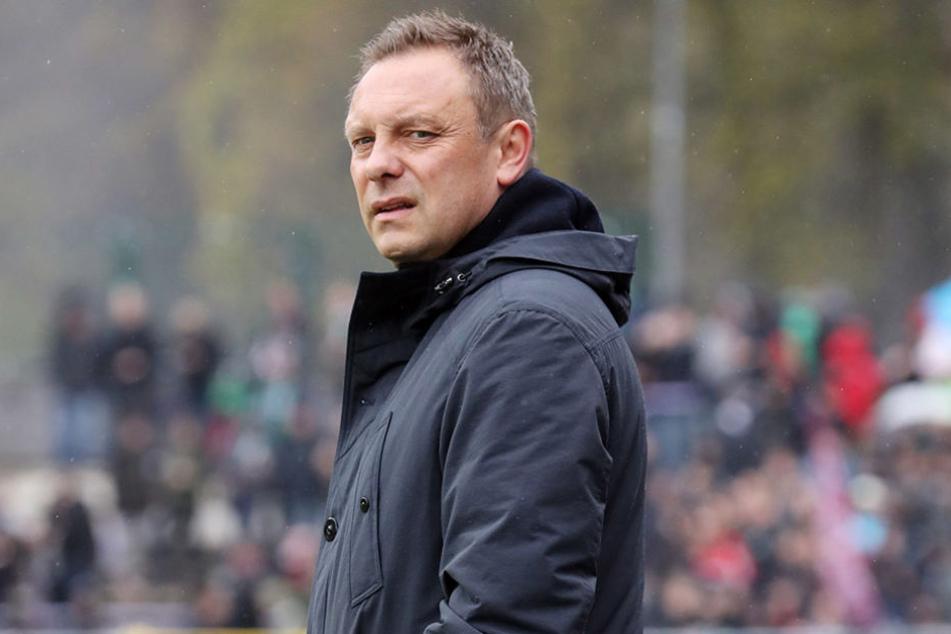 96-Trainer André Breitenreiter war nach der Partie total bedient.