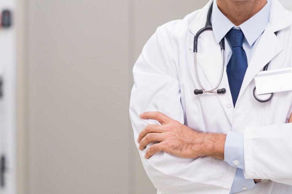 Wegen Plagiaten hat die Charité mehreren Medizinern ihre Doktortitel entzogen. (Symbolbild)