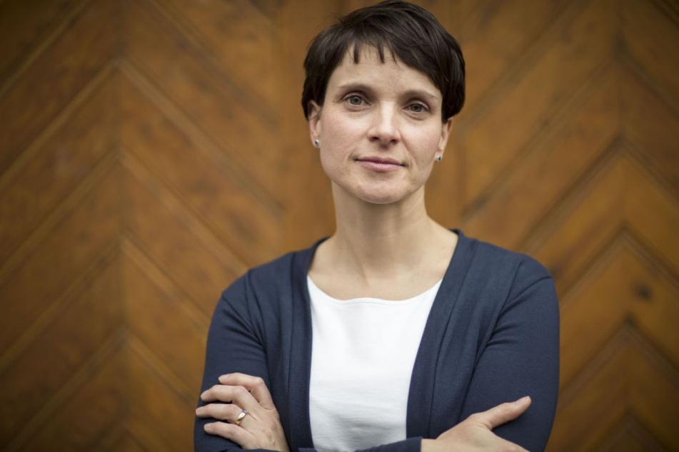Frauke Petry (42).