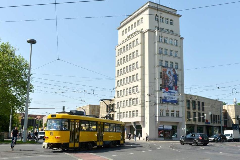 Am Dresdner Albertplatz wurde ein 33-Jähriger beraubt.