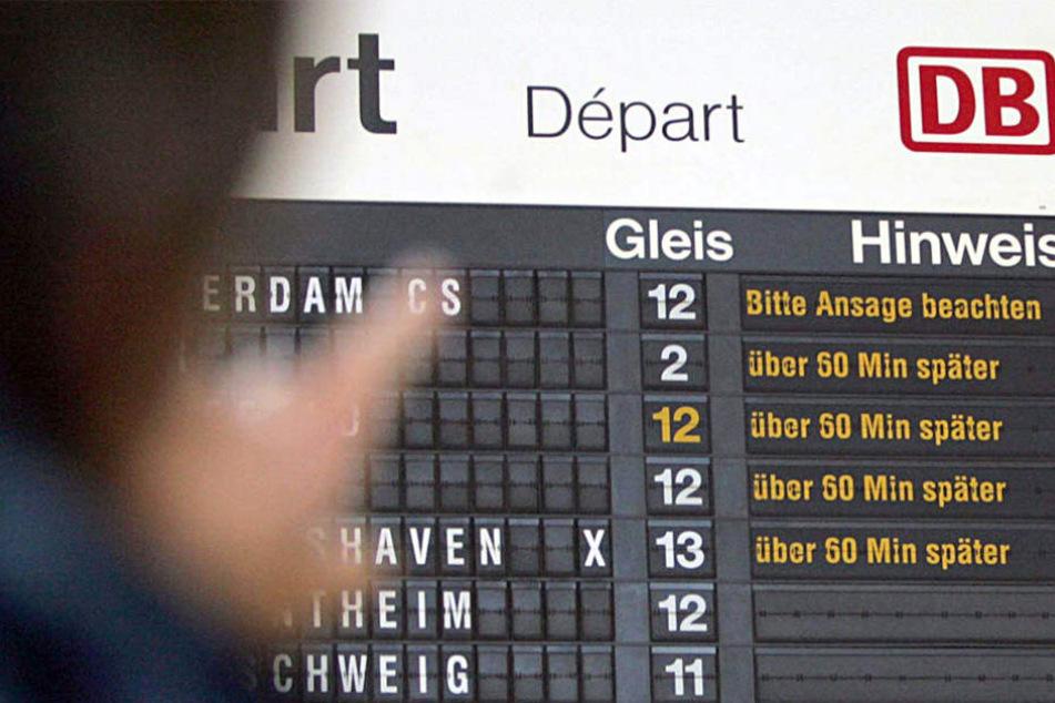 Bahnfahrer, die von Berlin nach Hannover unterwegs sind, müssen immer noch mit Verspätungen rechnen. (Symbolbild)