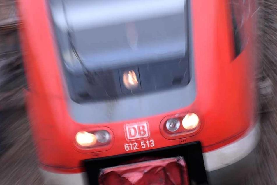 Im Zug: Lokführer zusammengeschlagen und getreten