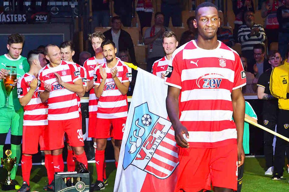 Wurde beim Hallenmasters zum besten Spieler des Turniers gewählt: FSV-Stürmer Tarsis Bonga.