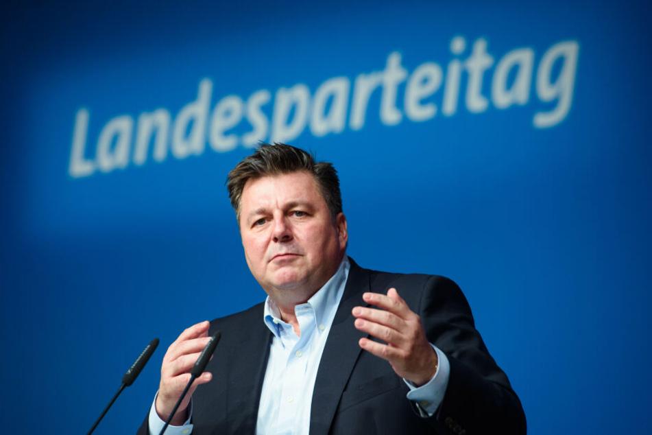 Berlins Innensenator Andreas Geisel will Böllern an Silvester in einigen Stadtteilen verbieten.