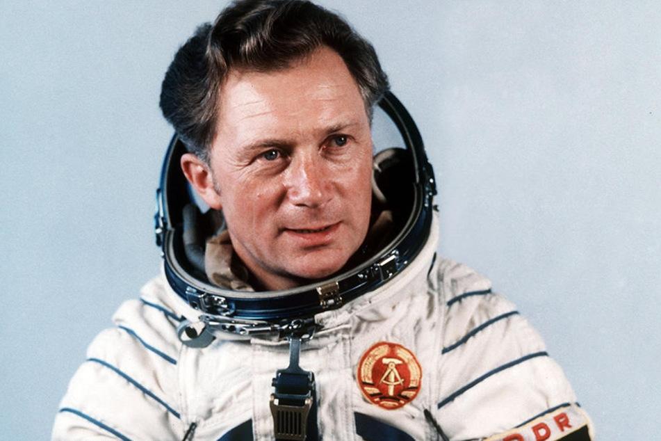 Sigmund Jähn war der erste Deutsche im All. 41 Jahre war er alt, als er mit seinem sowjetischen Kollegen Valerij Bykowski am 26. August ins All flog.