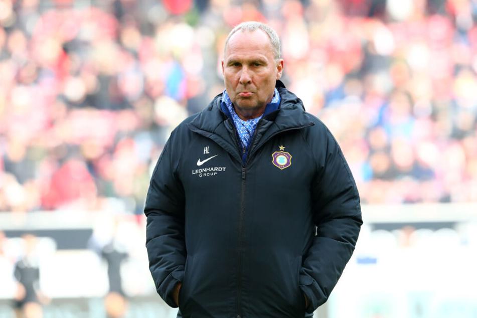 FC Erzgebirge-Boss Helge Leonhardt war sichtlich angefressen.