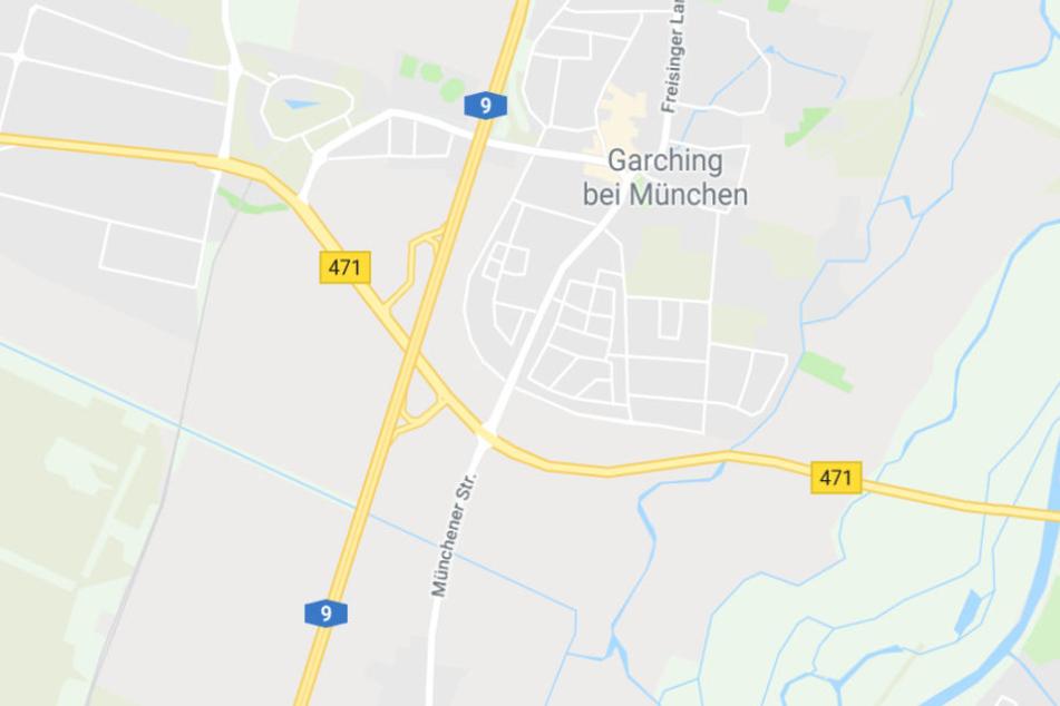 Der Unfall in Bayern mit verheerenden Folgen ereignete sich auf der Bundesstraße 471 bei Garching.