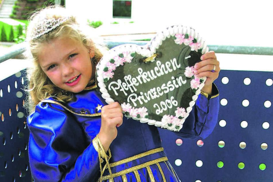 Mit acht Jahren wurde Linda Jung Dresdens 1. Pfefferkuchenprinzessin.