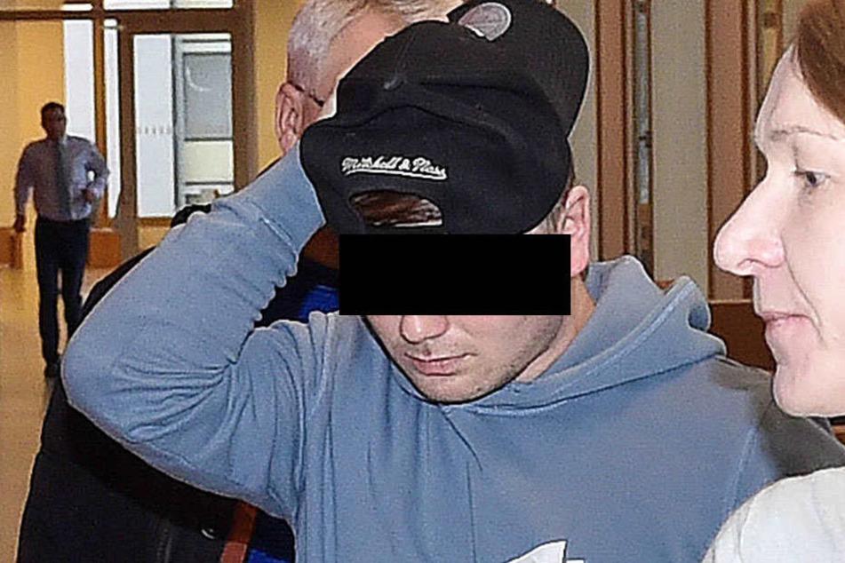 """Timm W. (18) gab dem Opfer eine harte """"Schelle""""."""
