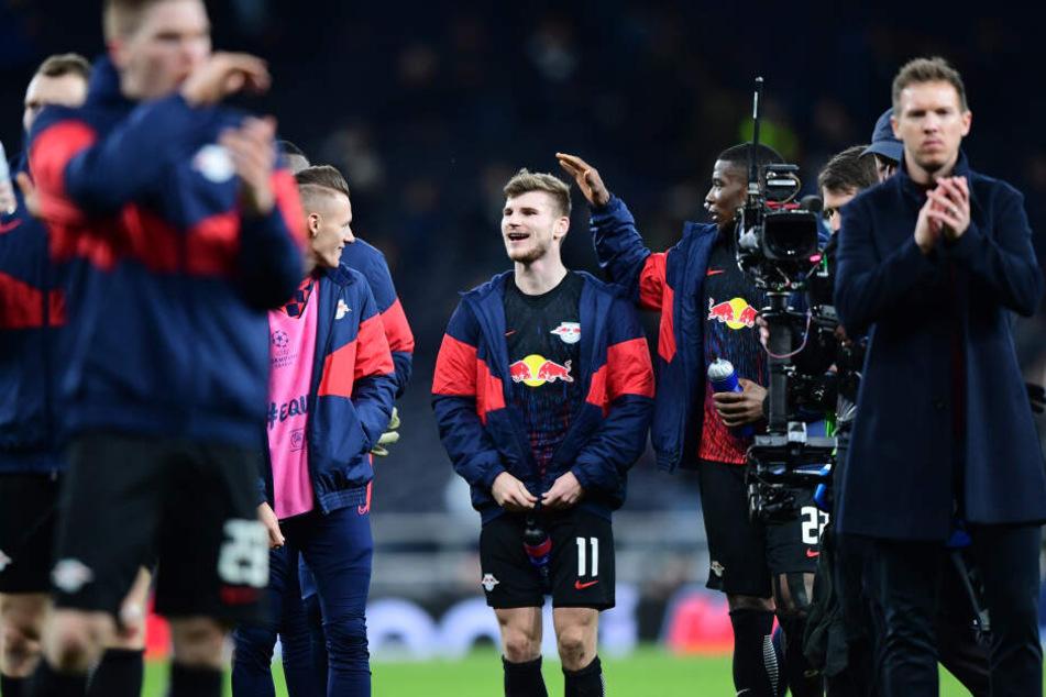 Julian Nagelsmann (32, r.) ist der jüngste Trainer, der je ein Champions-League-Achtelfinale erreichte. Und das startete am Mittwoch äußerst positiv.