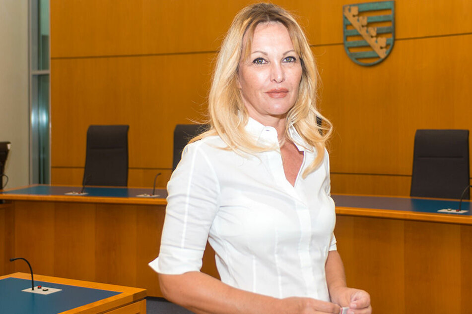 Investorin Regine Töberich (53) legt sich erneut mit der Stadt an.
