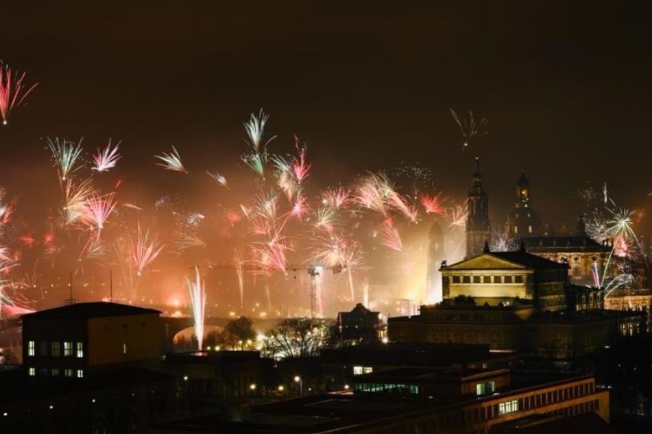 Tausende Dresdner begrüßten das neue Jahr.