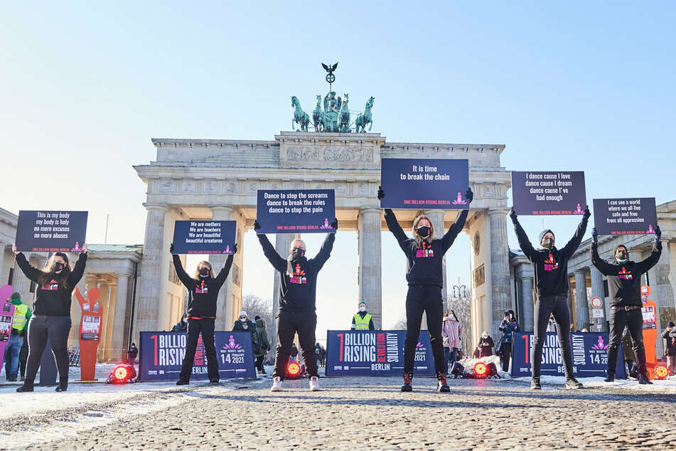 """""""One Billion Rising""""-Demo gegen Gewalt an Mädchen und Frauen findet digital statt"""