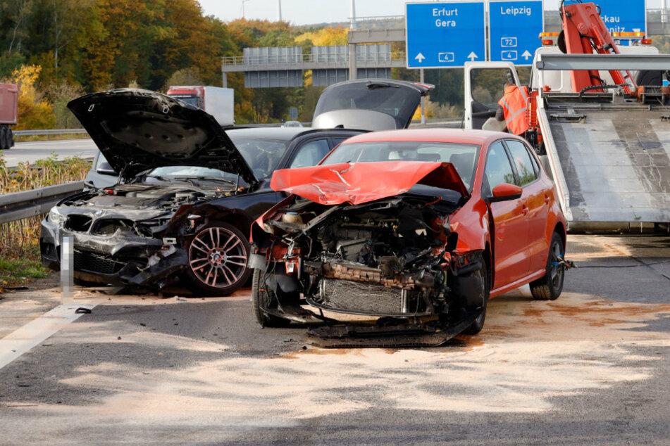 Crash auf A4 bei Chemnitz: VW knallt mit BMW zusammen