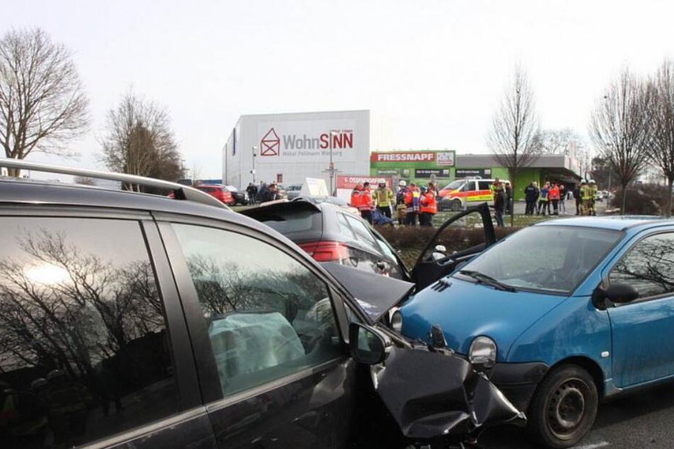 Hustenanfall löst Massen-Crash mit zahlreichen Verletzten aus