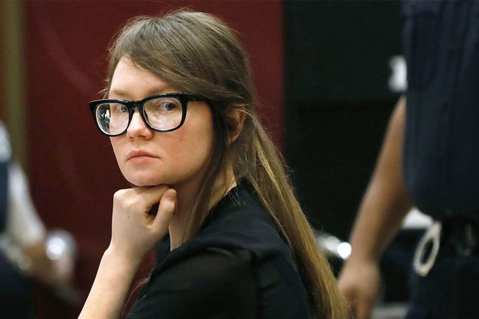 Kurz nach ihrer Verurteilung zu einer Haftstrafe hat die deutsche Hochstaplerin Anna Sorokin ihre vor einem New Yorker Gericht geäußerte Reue wieder relativiert.