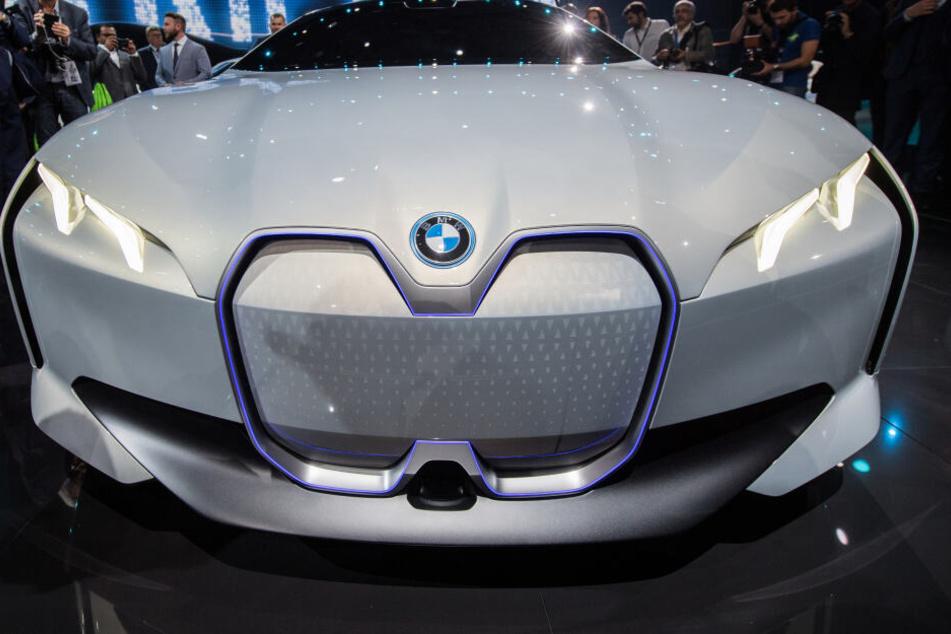 Mit den Batteriezellen werden hauptsächlich Elektro-Autos mit Strom versorgt.