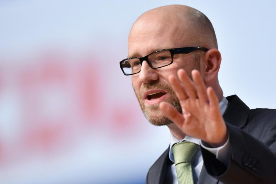 CDU-Bundesgeneral Peter Tauber hält die Tweets seiner Parteigenossen für äußerst inakzeptabel.