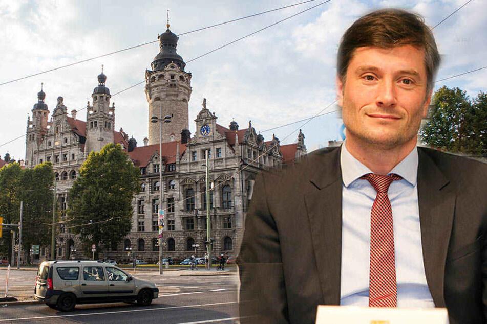 Ordnungsbürgermeister Heiko Rosenthal (r.) beschreibt die Pläne der Erhöhung der Sicherheit in Leipzig.