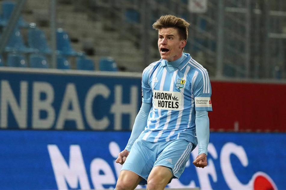 Florian Hansch jubelt nach seinem Treffer zum 1:1-Ausgleich.