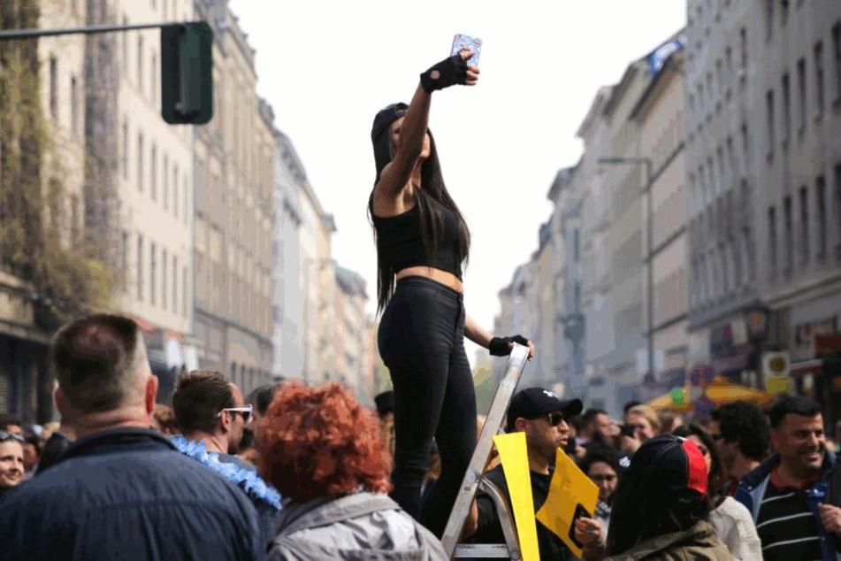 Wem auf dem Myfest in Kreuzberg zu viel Trubel ist, der findet in Berlin auch Alternativen.